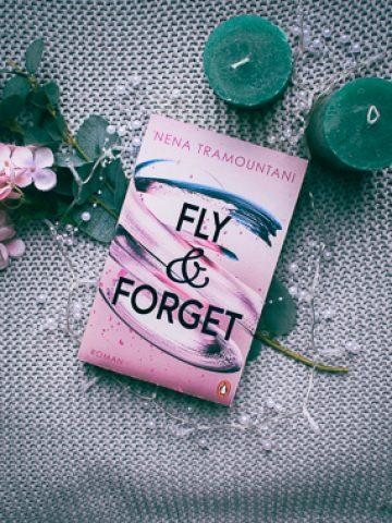 Buchcover von Fly & Forget von Nena Tramountani